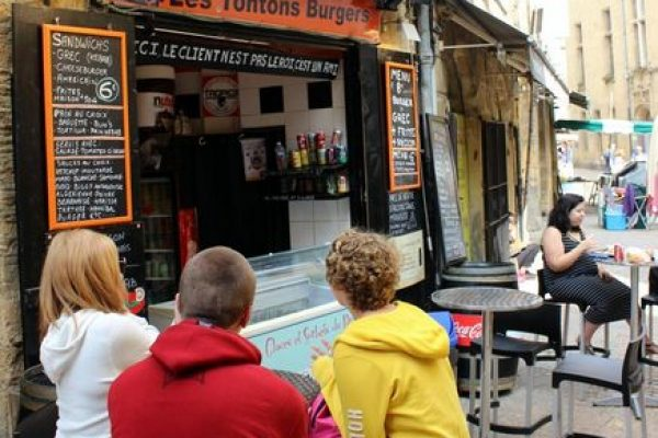Dordogne Périgord: Les Tontons Burgers in Sarlat.