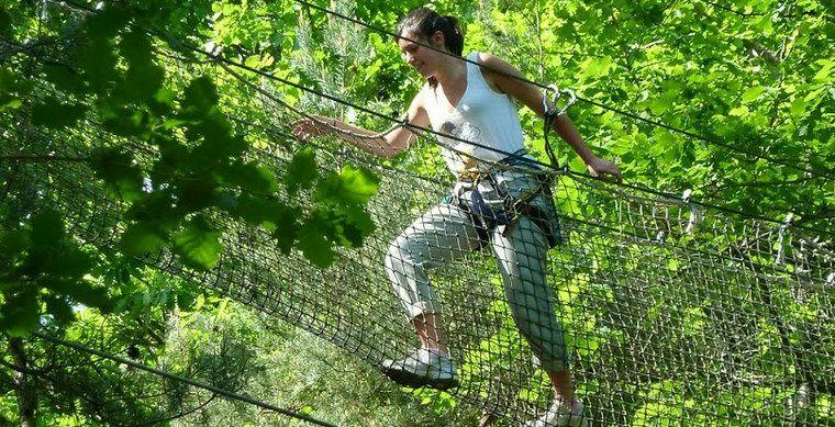 Dordogne Perigord: klimparken en avonturenparken: L Appel de la Foret.
