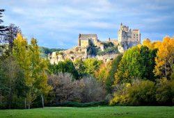 Dordogne Perigord: Château de Beynac beloond door Sothebys en Monuments Historiques voor restauratiewerk.