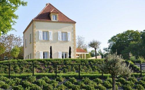 Château les Merles golf hotel restaurant: op het landgoed staan ook 5 luxe villa-s met eigen zwembad.