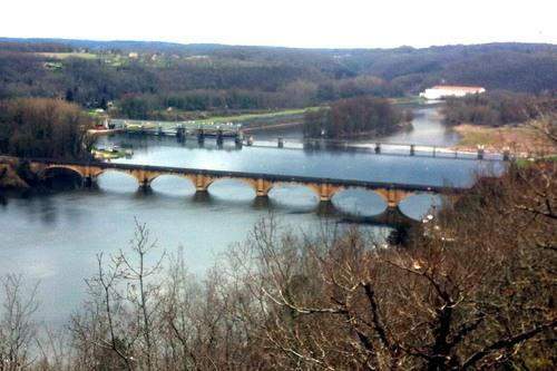 Dordogne Perigord - wandelen - Tremolat - Le Port de Mauzac