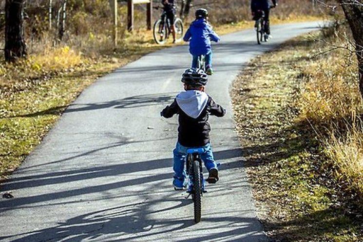 Kinderen op de fiets? Helm op!