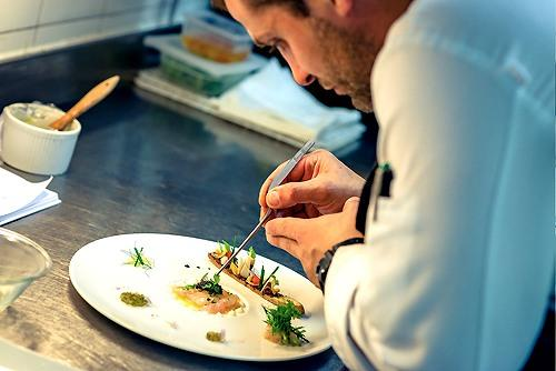 Dordogne Perigord: Michelin-restaurants - Moulin d'Abbaye in Brantôme. Chef: Loic Lecoin