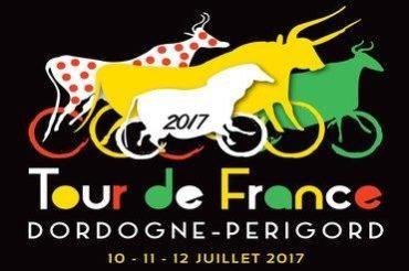 Dordogne-Perigord: Tour de France 2017 - route Périgueux-Bergerac - Départ Fictif op de Cours Tourny in Périgueux.