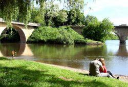 Dordogne Périgord: samenvloeiing Vezere en Dordogne bij Limeuil.