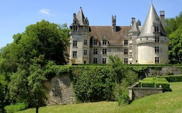 Dordogne-Perigord: Chateau de Puyguilhem bij Villars nabij Brantome. Foto: Iwan van Rienen.