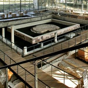 Dordogne-Périgord: Musée Vesunna in Périgueux opgenomen in Michelingids La France des lieux trois étoiles.