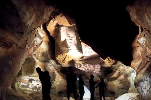 Lascaux 4 (IV) bij Montignac in Dordogne: museum annex belevingscentrum van de prehistorie.