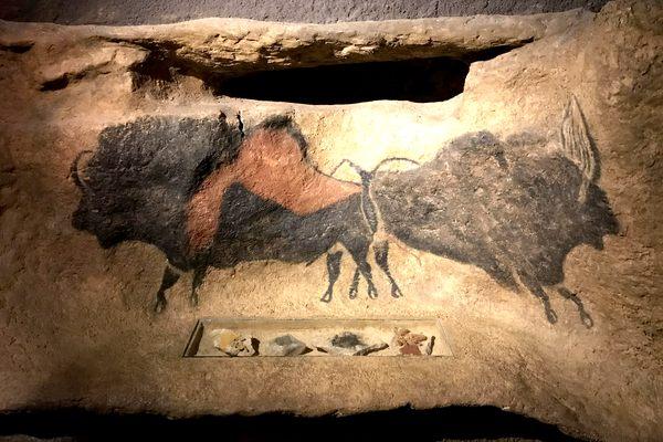 Dordogne Périgord: Lascaux 2 II bij Montignac. Grotschilderingen in préhistorische grot